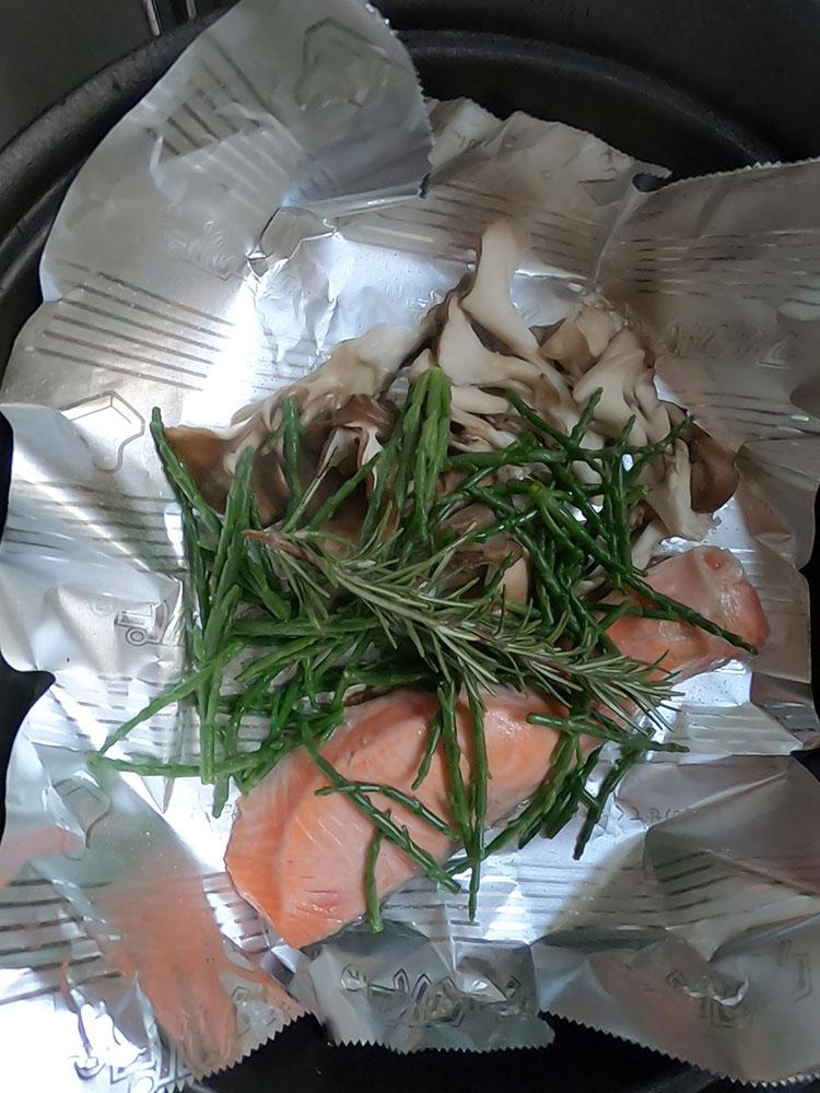 鮭とローズマリー