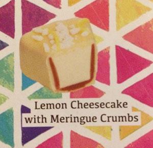 レモンチーズケーキの メレンゲクラムズかけ